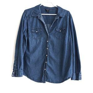 Torrid Size 1 button down Chambray shirt